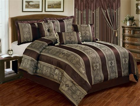 chocolate brown comforter top 10 rich chocolate brown comforters for a bedroom