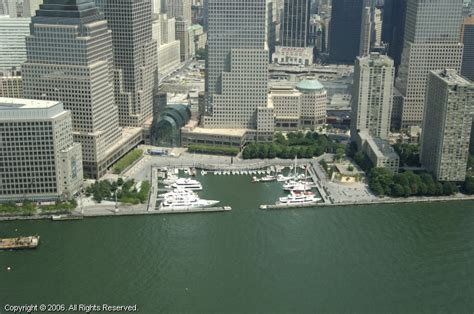 Boat Slips For Rent Nyc by Cove Marina At Brookfield Place In New York New