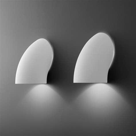 Lampa ścienna Biała Gomito  Meble Jakich Szukasz