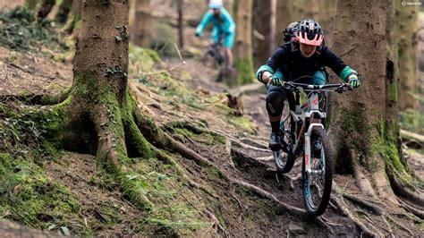 Best women's mountain bike: how to choose the right bike