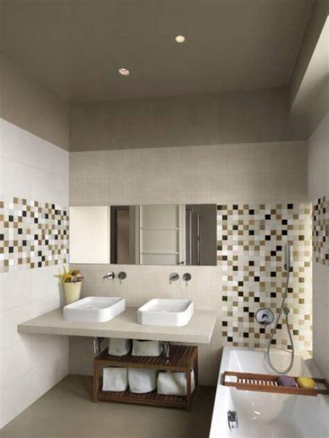 salle de bain 187 carrelage salle de bain beige marron 1000 id 233 es sur la d 233 coration et cadeaux