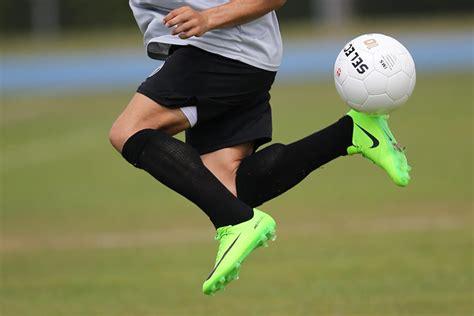 signature soccer moves     rainbow kick pro