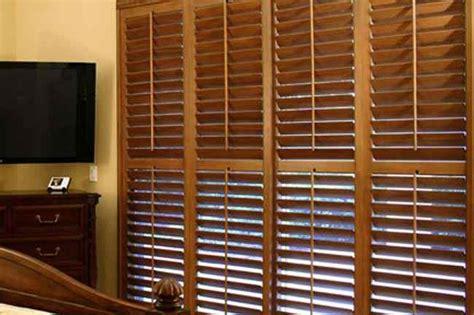 Wooden Venetian Blinds by Wooden Blinds Window Office Wooden Venetian