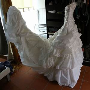 Diy how to clean your wedding dress weddingbee for How to clean wedding dress