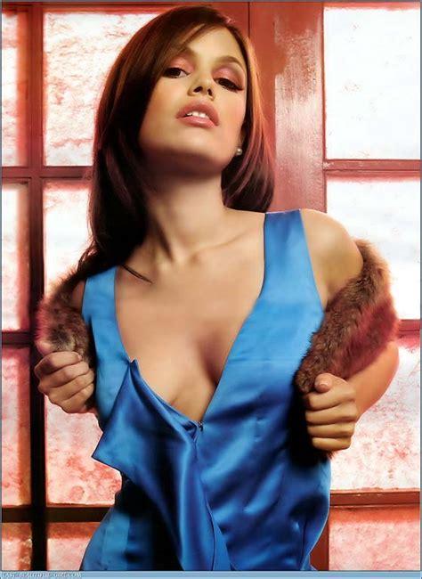 Hot Celebrity Wallpapers: Rachel Bilson Hot Wallpapers