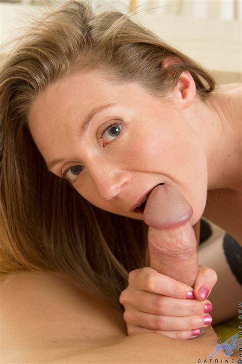 Gorgeous milf in stockings gets fucked by a big dick » Anilos MILFs « Free Classy Mature Women ...