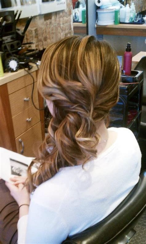 Formal Hairstyles On The Side by Best 25 Side Sweep Hair Ideas On Side Hair