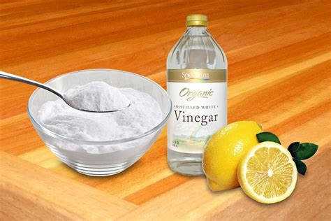 cleaning kitchen cabinets with vinegar and baking soda can you clean kitchen cabinets with vinegar ecooe