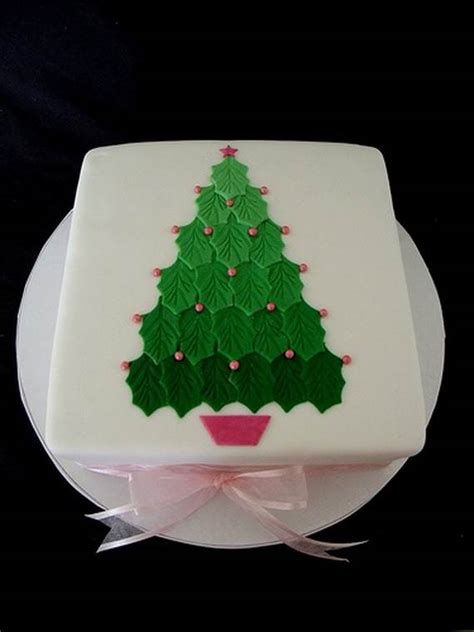 73 inspiring christmas cake decoration ideas handy home zone