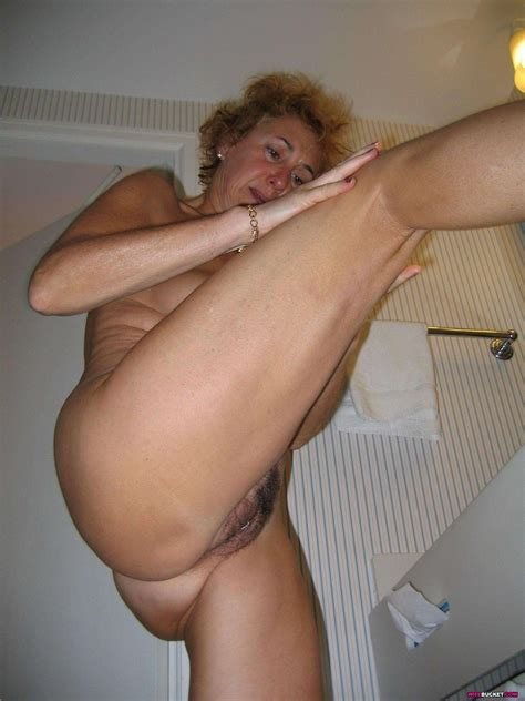 Real Amateur Mature Women Exposed Naked At Granny Sex Pics