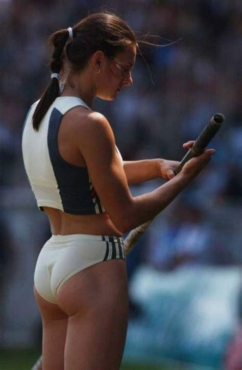 Sexy Female Athletes (30 pics)
