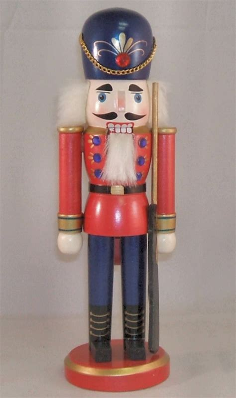 nutcracker soldier related keywords nutcracker soldier