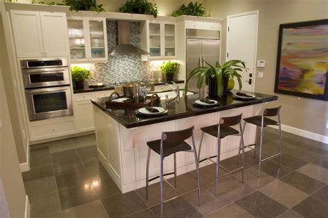 eat in kitchen island 39 fabulous eat in custom kitchen designs islands small 7020