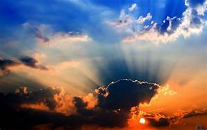 Download Wallpaper Sun rays and dark clouds (1280 x 800 ...