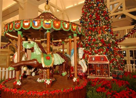 10 Colossal Gingerbread Creations From Around The World