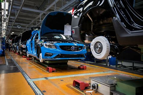 volvo truck factory sweden volvo s60 and v60 polestar production starts in sweden