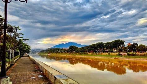 wisata banjir kanal barat semarang suasana eropa  peta lokasi