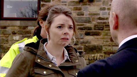 Coronation Street spoiler: Tracy Barlow looks distraught ...