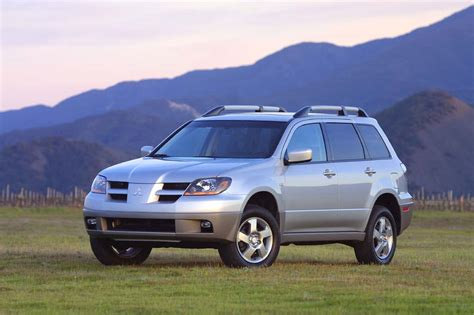 how does cars work 2005 mitsubishi outlander parking system 2003 06 mitsubishi outlander consumer guide auto