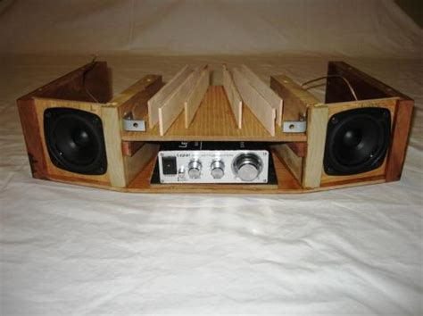 sound wave guide table radio