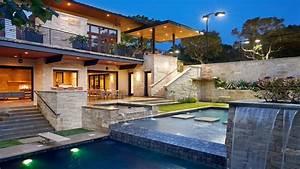 Caribbean Hillside Homes Modern Hillside House, lake house ...