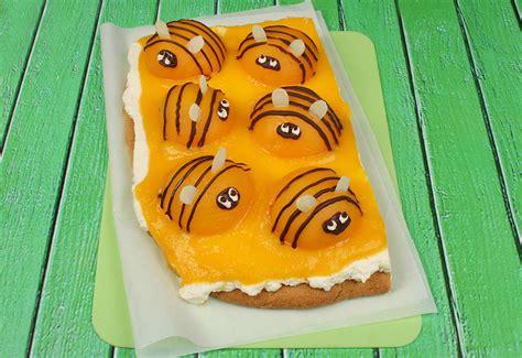 bienenkuchen mit pfirsichen frisch gekocht kids