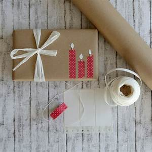 Geschenk Verpacken Schleife : geschenke verpacken mit packpapier drei ratzfatz ideen mutti so yeah ~ Orissabook.com Haus und Dekorationen