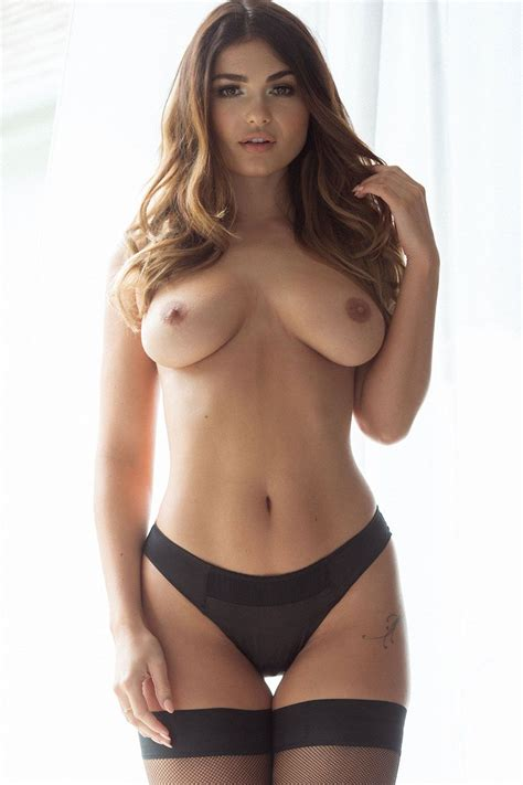 Topless Photos Of India Reynolds Free Sex Photo Free Porn Pics And Video Nude Models Teen