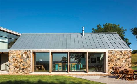 barn conversion and cantilevered extension homebuilding