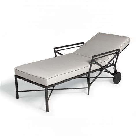 la chaise longue clermont chaise longue de la collection 1950 de triconfort
