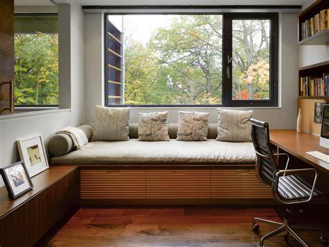stunning toronto home   arty staircase   comfy