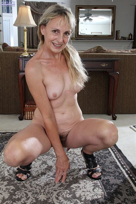 Horny Blonde Mommy Flick Her Hairy Beaver Photos Sophie 4