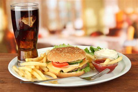 hot food  cold drinks  damage