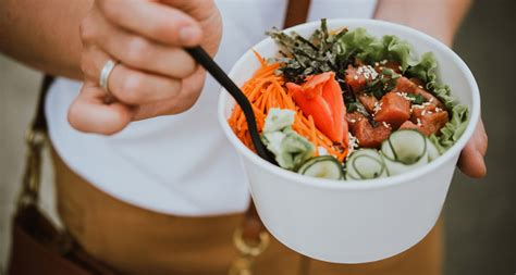learn  delicious  healthy fish  rice poke bowls