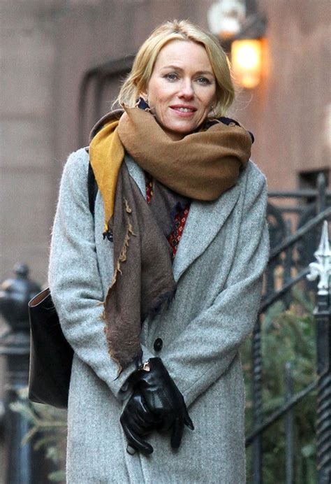 naomi watts finds love  dating liam neeson