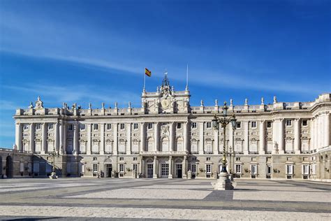10 Top Tourist Attractions In Spain (with Photos & Map