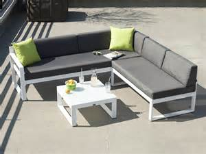 Salon De Jardin Canape D Angle by Salon De Jardin Bas 5 Places Canap 233 D Angle Table Basse