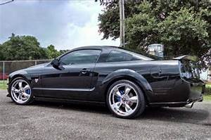 This 2009 Ford Mustang 45th-Anniversary GT Is A Nasty 3V - Hot Rod Network