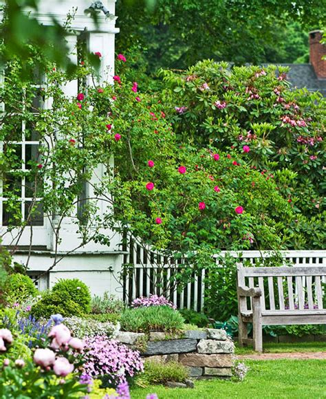 Classic Connecticut Garden by Classic Connecticut Garden Traditional Home
