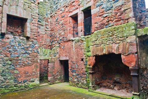 greenknowe tower scottish borders historic scotland guide
