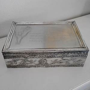 HOME DZINE Craft Ideas | Make a faux pewter trinket box