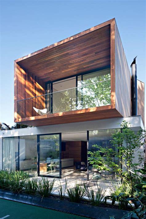 บ้านสไตล์โมเดิร์นสองชั้นรูปทรงกล่อง เรียบง่ายแต่น่าอยู่ - คนรักบ้านและสวน