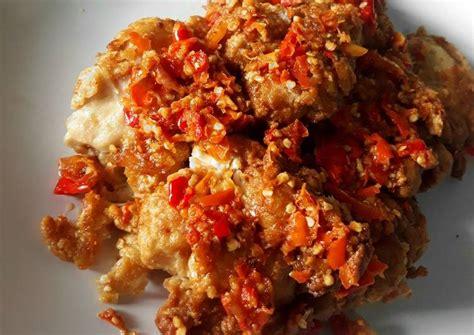 Namun ayam geprek ini lebih dimemarkan atau digeprek agar sambalnya semakin resep makanan yang enak selanjutnya yang sangat mudah dan praktis untuk di coba di rumah yaitu resep ayam geprek sambal bawang. 11 Resep Ayam Geprek yang Bisa Anda Coba Dirumah