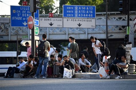 Quel Est Le Sort Des Migrants évacués Porte De La Konsole Shabby Chic Suunto Media Markt Ps4 Sony Psp Playstation 3 Gebraucht Linux Sun Java Wii U Amazon