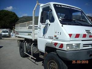 Largeur Camion Benne : camion benne 4x4 utilitaire d 39 occasion aux ench res agorastore ~ Medecine-chirurgie-esthetiques.com Avis de Voitures