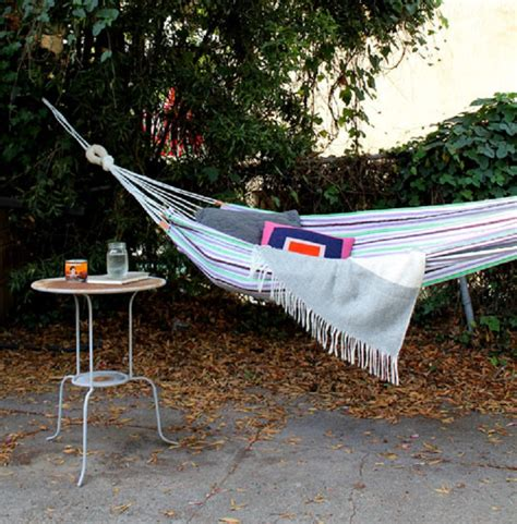 how to make your own hammock top 10 diy lounge hammocks top inspired