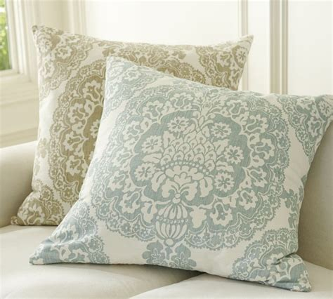 Pottery Barn Throw Pillows by Pottery Barn Pretty Pillow On The House
