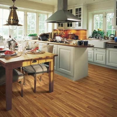 Pergo Xp Asheville Hickory 10 Mm Thick X 758 In Wide X