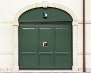 Porte de garage sur mesure usages et dimensions ooreka for Porte de garage de plus porte en bois sur mesure