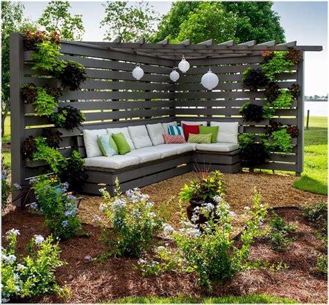 backyard privacy landscaping ideas backyard privacy fence landscaping ideas on a budget 48 homeastern com